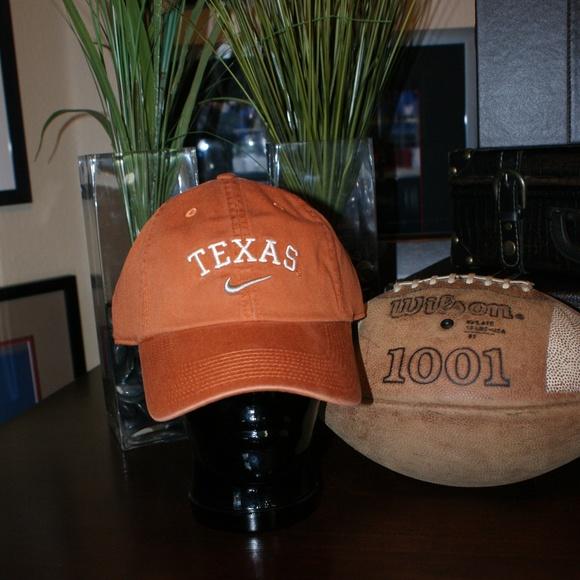 b3c0f13894a91 Nike Texas Longhorns Hat